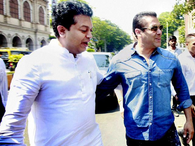 Bollywood-actor-Salman-Khan-at-the-sessions-court-in-Mumbai-in-connection-with-the-ongoing-2002-hit-and-run-case-PTI-file-photo
