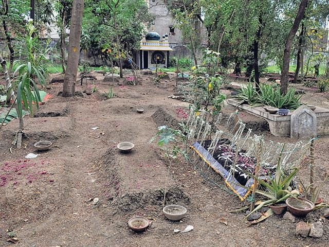 The-graveyard-faces-a-lot-of-problems-like-shortage-of-land-and-encroachments-Shankar-Mourya-HT-photo