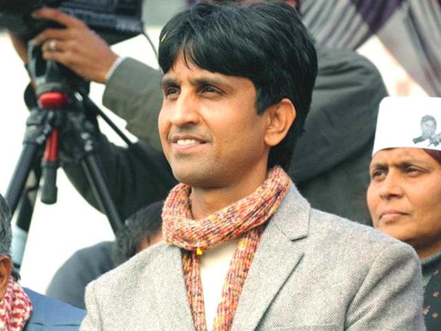 Kumar-Vishwas-has-been-accused-of-having-an-affair-with-a-party-volunteer-in-the-run-up-to-the-2014-Lok-Sabha-elections