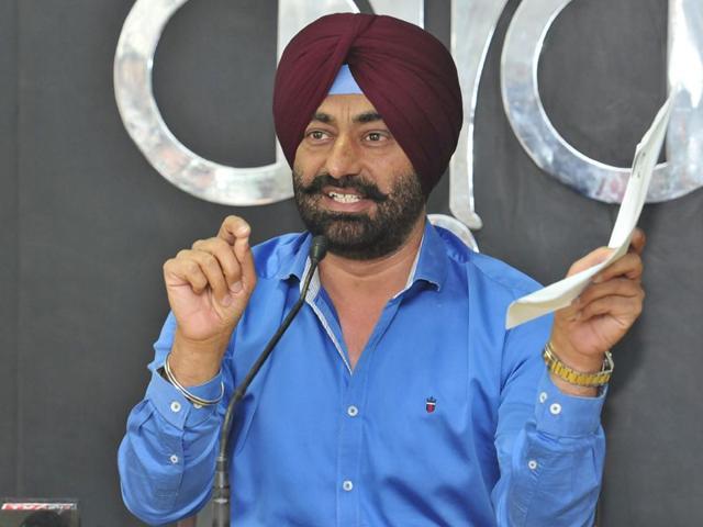 AAM Adami party,Partap Singh Bajwa,SUkhpal Khaira