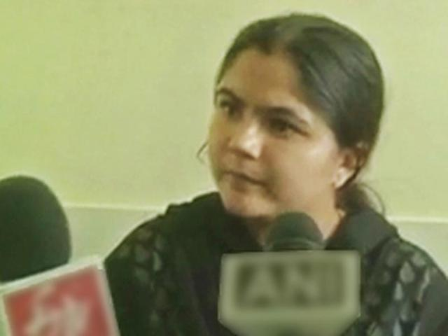 Woman who posed as IAS officer threatens suicide if denied justice