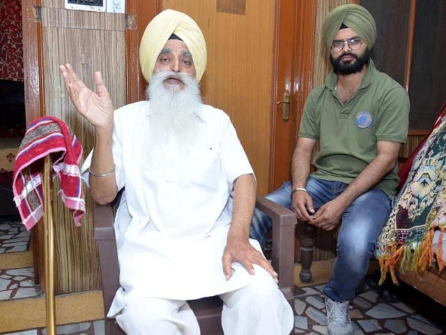 Cable-operator-Gurmukh-Singh-Khalsa-in-Amritsar-on-Thursday-HT-photo