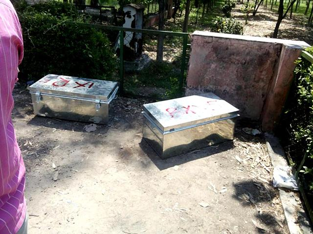 Bodies-of-a-man-and-a-woman-were-found-inside-two-big-trunks-dumped-near-a-park-in-Haryana-s-Sonepat-district-on-Monday-with-the-police-probing-the-possibility-of-honour-killing-Manoj-Dhaka-HT
