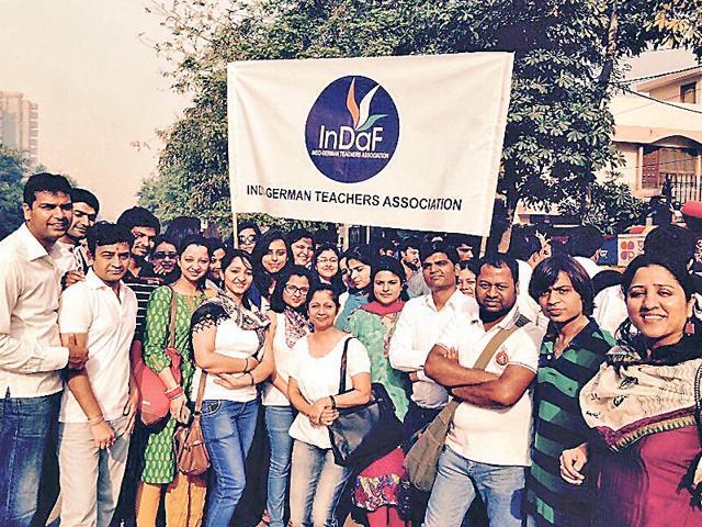 German-teachers-met-Delhi-CM-Arvind-Kejriwal-under-the-umbrella-of-Indo-German-Teachers-Association