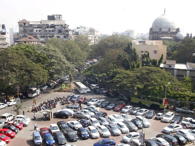 Parking rip-off: UT adviser orders vigilance probe
