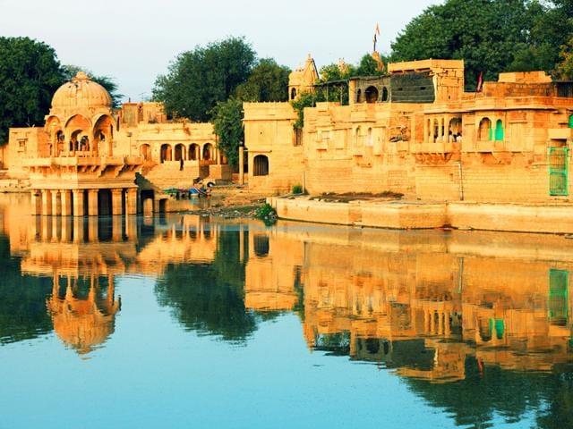 Everything-is-golden-in-Jaisalmer-Rajasthan-Shutterstock