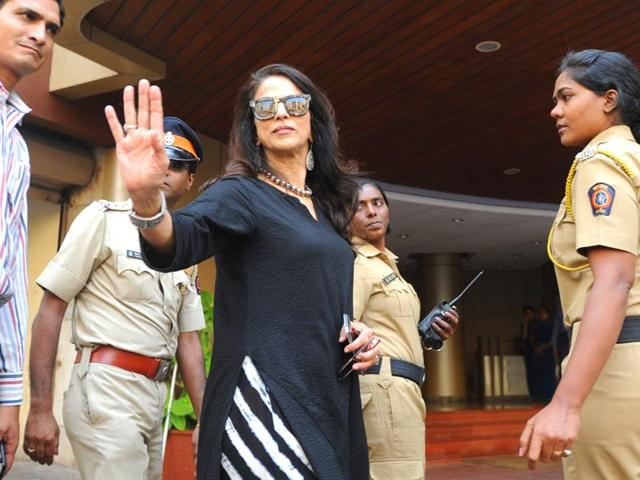 Marathi-film-row-Author-Shobhaa-De-remained-unfazed-and-said-she-saw-no-need-to-apologise-to-anyone-even-as-Shiv-Sena--protested--outside-her-residence-Anshuman-Poyrekar-HT-photo