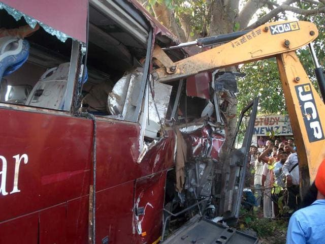 The-mangled-remains-of-the-bus-that-met-with-an-accident-near-Balachaur-HT-Photo