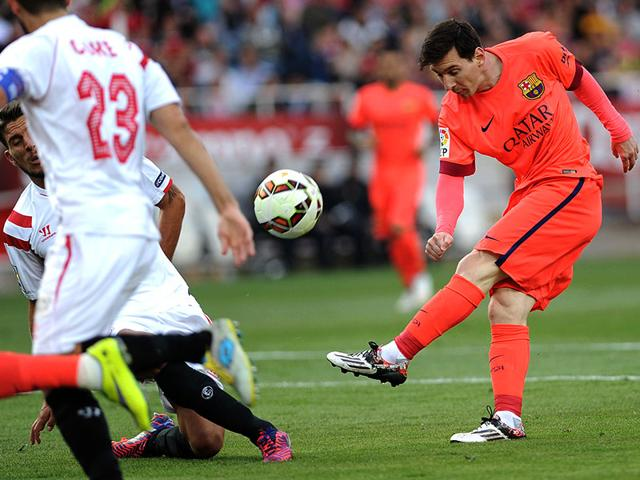 Barcelona-s-Lionel-Messi-in-action-against-Sevilla-at-the-Ramon-Sanchez-Pizjuan-stadium-in-Sevilla-AFP-Photo
