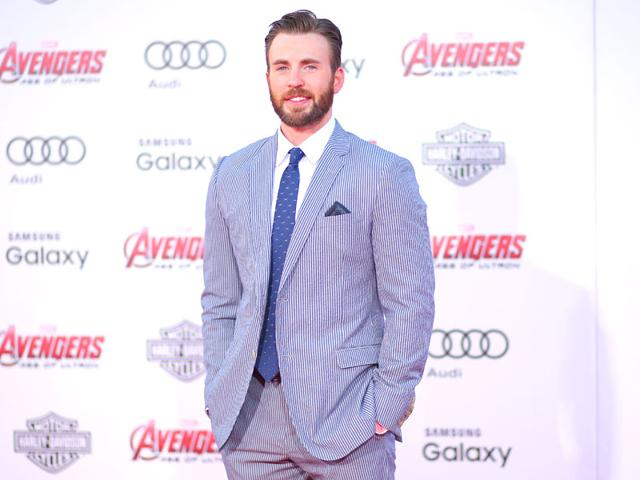 Chris-Evans-attends-the-premiere-of-Marvel-s-Avengers-Age-Of-Ultron-AFP-photo