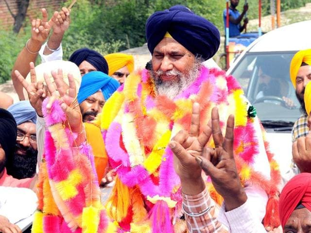 SAD-candidate-Gobind-Singh-Longowal-with-his-supporters-in-a-jubilant-mood-after-their-victory-in-by-poll-election-at-Dhuri-in-Sangrur-district-Bharat-Bhushan-HT