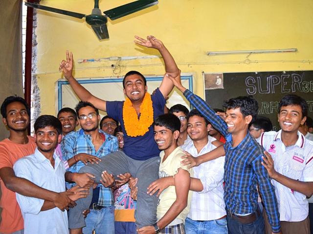 Abhisek Gupta,Super 30,scholarship