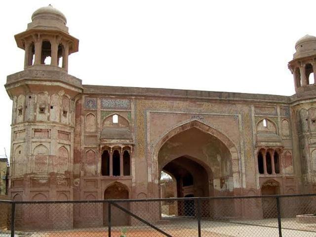 Sarai-Amanat-Khan-The-Mughal-architecture-near-Amritsar-Built-by-Amanat-Khan-who-was-also-calligrapher-of-the-famous-Taj-Mahal-Sameer-Sehgal-HT
