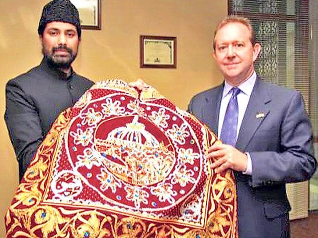 A-red-coloured-richly-embroidered-chadar-will-be-offered-on-Barack-Obama-s-behalf-at-the-mausoleum-of-the-Garib-Nawaz-on-the-inaugural-day-of-the-weeklong-urs-HT-Photo