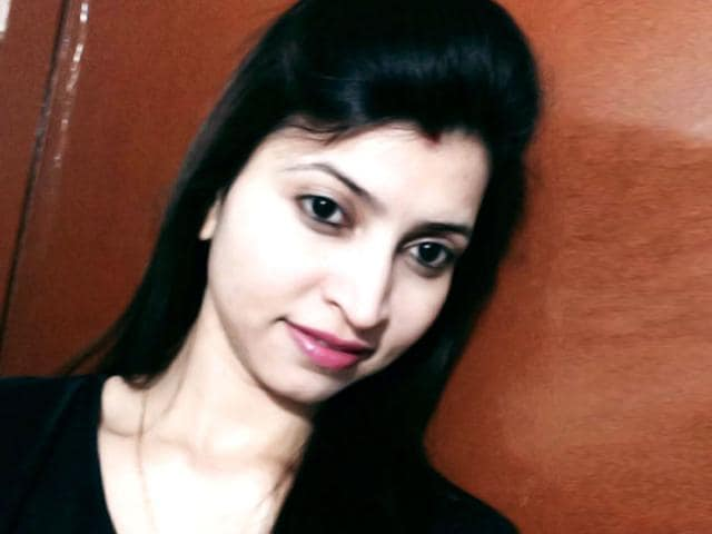 Priya-Vedi-a-senior-resident-doctor-at-AIIMS-committed-suicide-on-Sunday-Photo-Facebook-Profile