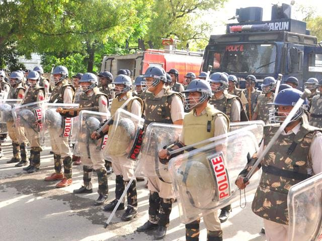 Policemen-during-a-law-and-order-drill-undertaken-to-chalk-out-a-security-plan-for-chief-minister-Manohar-Lal-Khattar-s-city-Karnal-on-Sunday-CL-Kashyap-HT-Photo