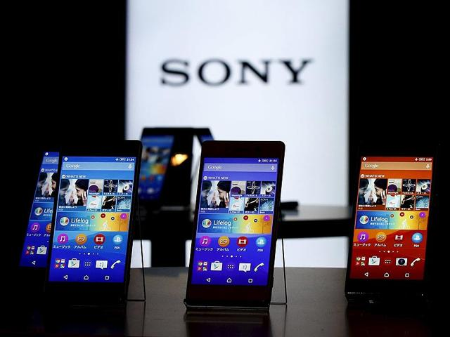 Sony-s-new-Xperia-Z4-smartphones-are-displayed-at-the-company-headquarters-in-Tokyo-Photo-Reuters