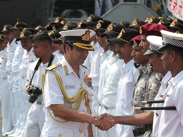 Chief-of-Naval-Staff-Admiral-RK-Dhowan-congratulated-the-staff-of-INS-Tarkash-and-INS-Mumbai-who-were-involved-in-Operation-Rahat-at-Naval-Dockyard-Mumbai-Anshuman-Poyrekar-HT-photo