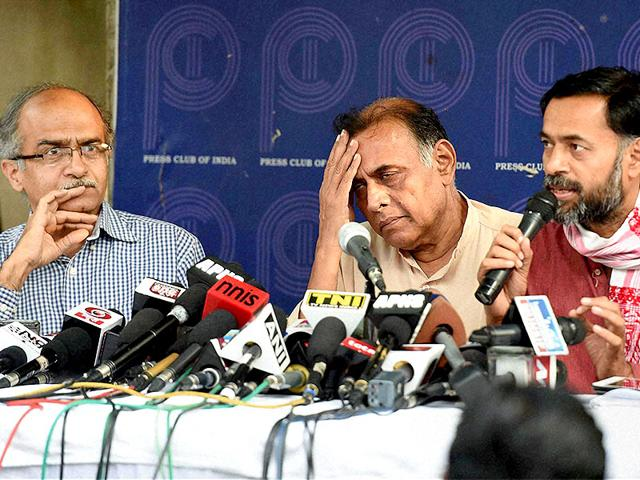 Rebel-AAP-leaders-Yogendra-Yadav-Anand-Kumar-and-Prashant-Bhushan-during-a-press-conference-in-New-Delhi-PTI-File-Photo