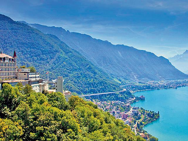 View-of-the-Montreux-campus-of-Glion-Institute-of-Higher-Education-overlooking-the-Swiss-Riviera-and-the-French-and-Swiss-Alps