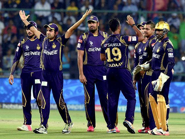 Kolkata-Knight-Riders-players-celebrate-the-wicket-of-J-P-Duminy-of-Delhi-Daredevils-during-their-IPL-match-at-Feroz-Shah-Kotla-Stadium-in-New-Delhi-PTI-photo