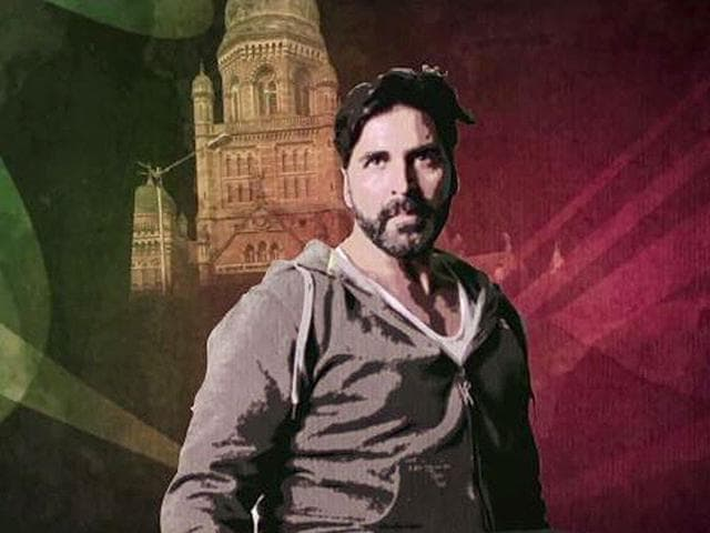 Akshay-Kumar-in-a-still-from-a-song-in-Gabbar-Is-Back