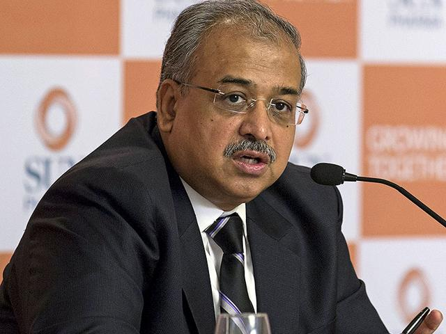 Managing-Director-of-Sun-Pharmaceutical-Industries-Ltd-Dilip-Shanghvi-speaks-during-a-news-conference-in-Mumbai-REUTERS