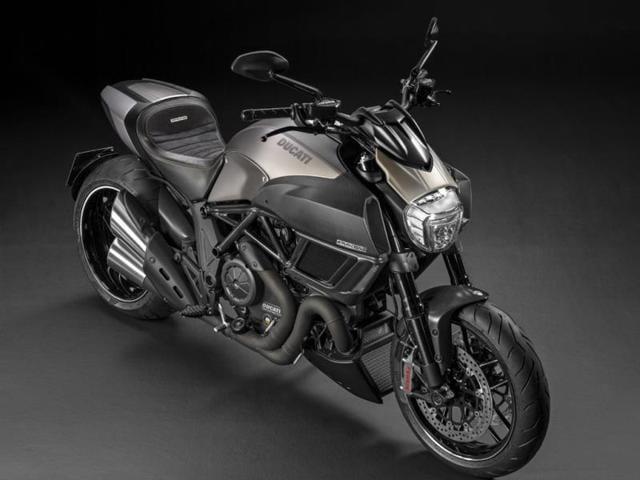Ducati Diavel Titaniums