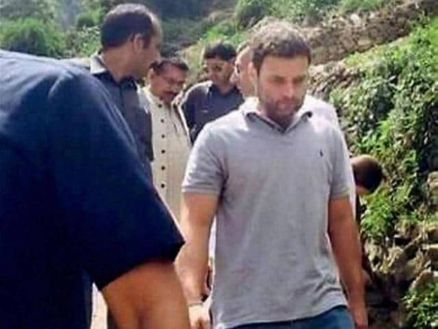 Congress-vice-president-Rahul-Gandhi-trekking-to-Kedarnath-shrine-in-Uttarakhand-on-23-April-2015-PTI-photo