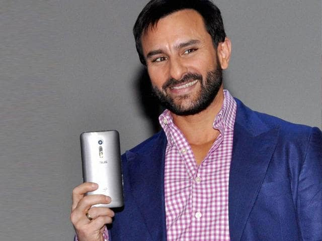 Saif-Ali-Khan-pose-during-launch-of-Asus-ZenFone-2-in-Gurgaon-Photo-PTI