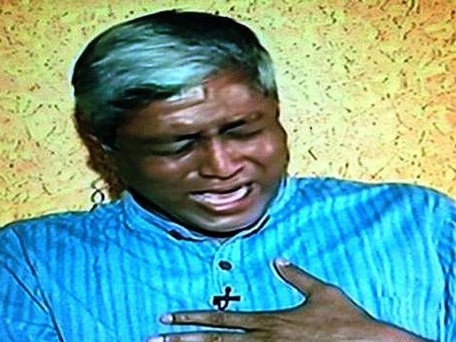 AAP-leader-Ashutosh-breaks-down-during-a-debate-on-a-TV-channel-Photo-credit-Aaj-Tak-