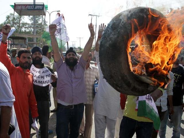Panthers-Party-protesting-against-the-state-government-decision-to-give-AIIMS-to-Kashmir-Nitin-Kanotra-HT