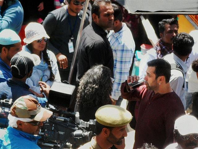 Salman Khan during shooting of his upcoming movie Bajrangi Bhaijaan, at Aishmuqam in Anantnag district on Thursday. (PTI Photo)