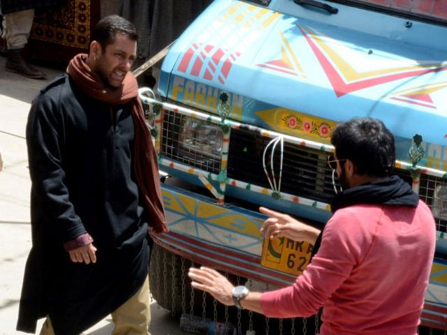Salman Khan on the sets of his upcoming film `Bajrangi Bhaijaan` at Aishmuqam in Anantnag district of Jammu and Kashmir on April 23, 2015. (Photo: IANS)