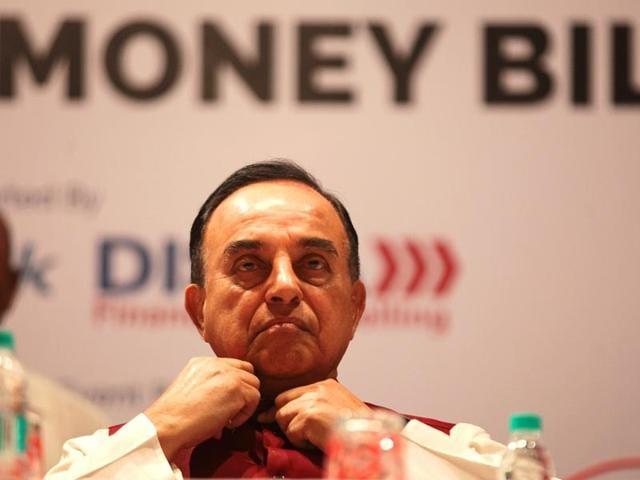 BJP-leader-Dr-Subramanian-Swamy-interacted-on-the-black-money-bill-in-Mumbai-Anshuman-Poyrekar-HT-photo