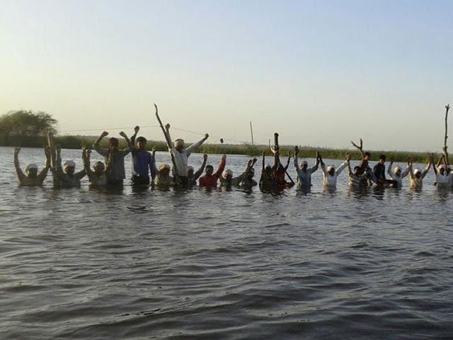 Jal Satyagraha,Omkareshwar dam,Kumar Vishwas