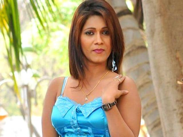 Neetu-Agarwal-has-been-arrested-for-her-alleged-involvement-in-smuggling-of-red-sanders