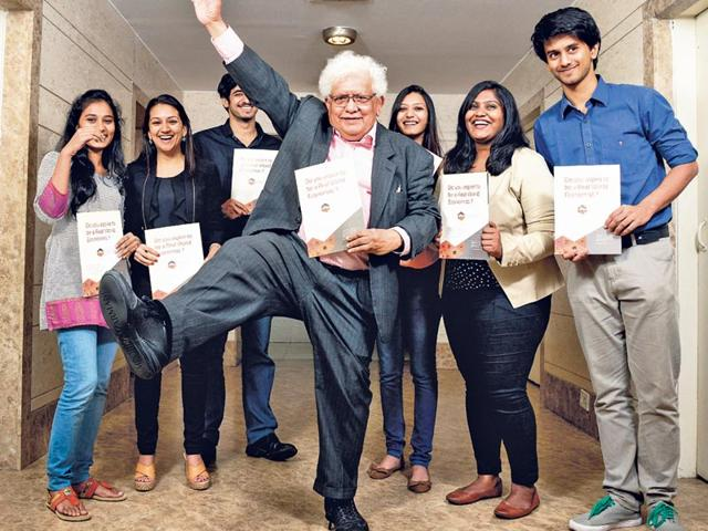Lord-Meghnad-Desai-steps-into-the-Indian-education-arena-with-his-academy