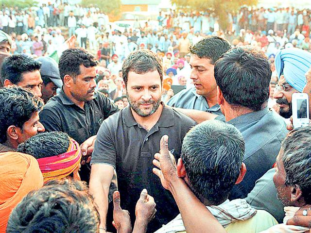 Congress-vice-president-Rahul-Gandhi-with-other-party-leaders-at-a-rally-in-Amethi-district-on-Tuesday--PTI-Photo