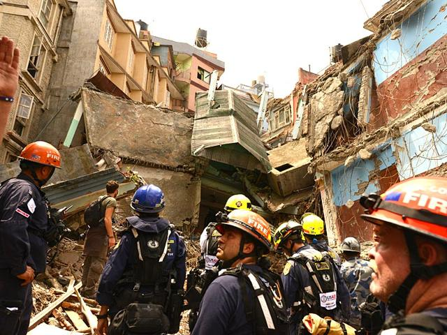 Rescue-workers-at-the-site-of-an-earthquake-damaged-guest-house-in-Kathmandu-Nepal-Gurinder-Osan-HT-Photo