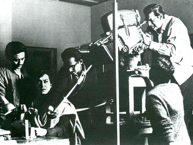 ET,Steven Spielberg,Satyajit Ray
