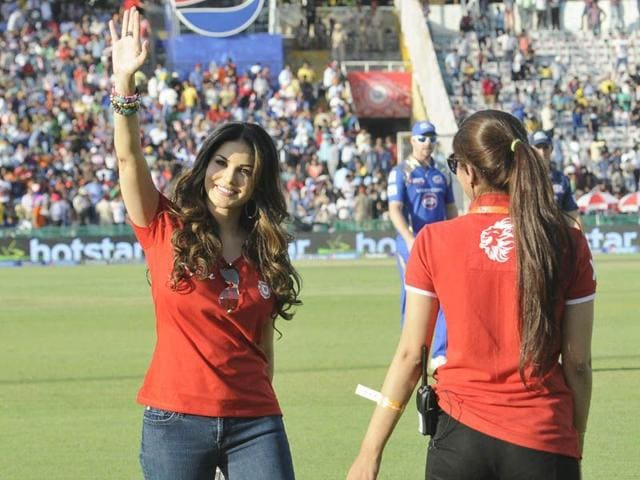 Bollywood-actress-Sunny-Leone-during-the-IPL-match-at-PCA-stadium-in-Mohali-Gurpreet-Singh-HT