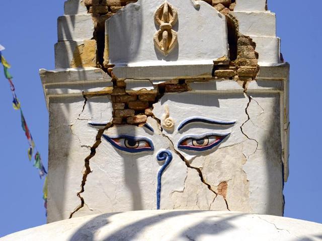 Damaged-portion-of-a-stupa-at-Swayambhunath-Stupa-complex-a-week-after-earthquake-in-Kathmandu-Gurinder-Osan-HT-Photo