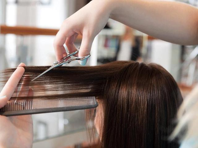 Most-Indian-women-are-too-scared-to-experiment-Their-biggest-fear-is-whether-the-hair-will-ever-grow-back-to-the-original-length-once-it-is-chopped-Photo-Shutterstock