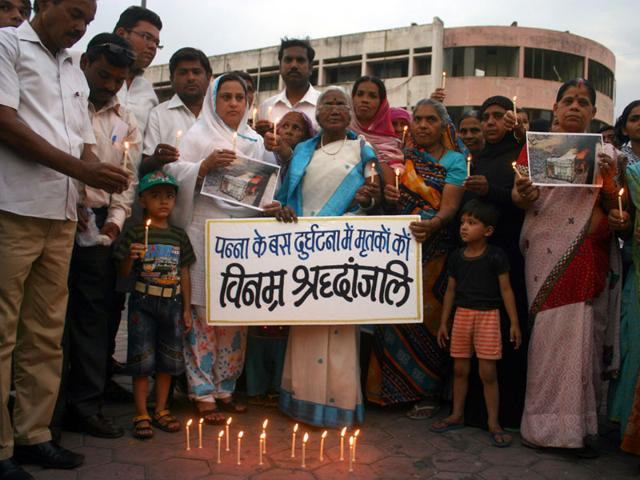 People-pay-tribute-to-Panna-bus-mishap-victims-during-an-event-organised-at-Roshanpura-square-in-Bhopal-on-Tuesday-Bidesh-Manna-HT-photo