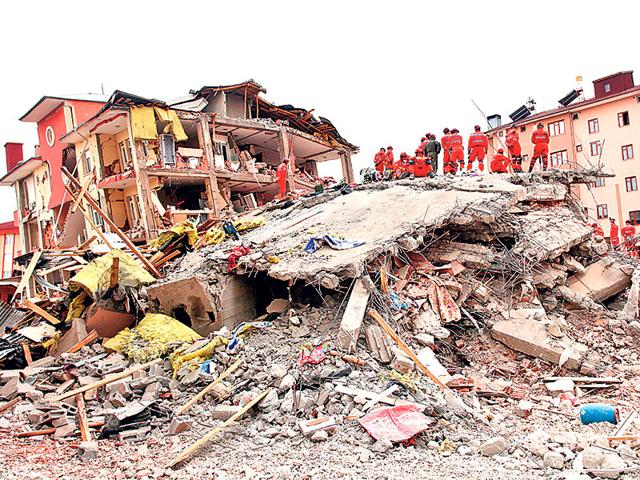 Structural-engineers-conduct-research-on-earthquake-resistant-design-of-structures-and-can-help-minimise-damage-from-earthquakes-Photo-Shutterstock