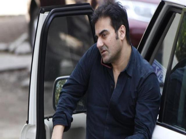 Arbaaz Khan was spotted at brother Salman's Galaxy Apartments home in Bandra, a day after the superstar was convicted in the 2002 hit-and-run case. (Satish Bate/HT photo)