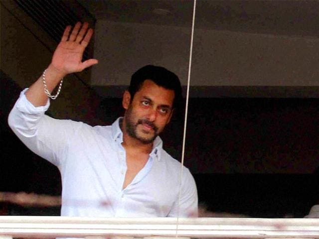 Bollywood-actor-Salman-Khan-waves-at-fans-from-his-residence-after-returning-from-the-Sessions-court-in-Mumbai-on-Friday-PTI-Photo