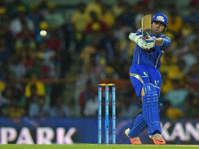 Parthiv-Patel-stitched-an-84-run-opening-partnership-with-Lendl-Simmons-to-set-MI-s-chase-on-track-PTI-Photo