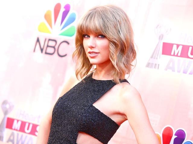 Singer-Taylor-Swift-in-Los-Angeles-AP